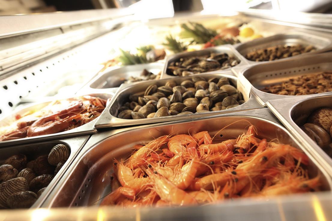 Restaurant L'Institution by Brocherie Mandelieu Spécialités de poissons et fruits de mer à Juan-les-Pins - Les coquillages