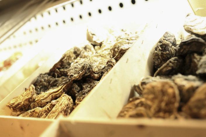 Restaurant L'Institution by Brocherie Mandelieu Spécialités de poissons et fruits de mer à Juan-les-Pins - Les huîtres