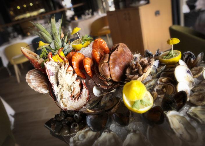 Restaurant L'Institution by Brocherie Mandelieu Spécialités de poissons et fruits de mer à Juan-les-Pins - Les fruits de mer